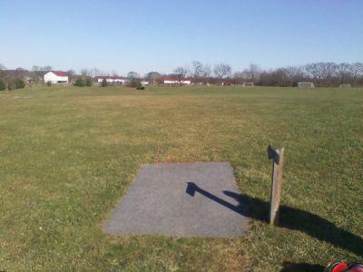 Heritage Farm Park, Main course, Hole 2 Tee pad