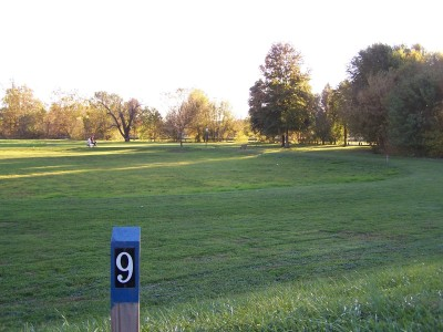 Woodsboro Regional Park, Main course, Hole 9 Long tee pad