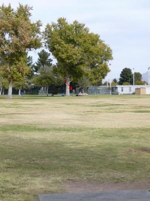 Sunset Park, Main course, Hole 2 Tee pad