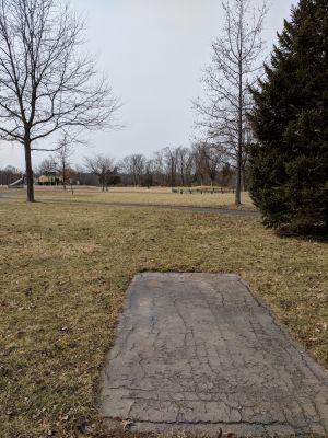 Harry Dunham Park, Main course, Hole 4 Long tee pad