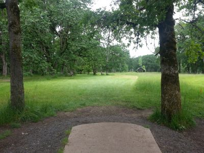 Champoeg State Park, Old Oak Grove, Hole 4 Tee pad