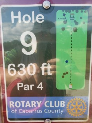 Frank Liske Park, Main course, Hole 9 Hole sign