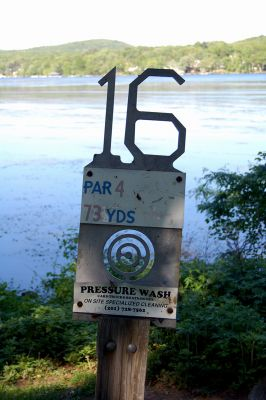 Browns Point/Buzzy's Creek, Main course, Hole 16 Hole sign