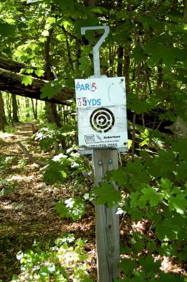 Browns Point/Buzzy's Creek, Main course, Hole 7 Hole sign