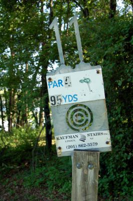 Browns Point/Buzzy's Creek, Main course, Hole 11 Hole sign