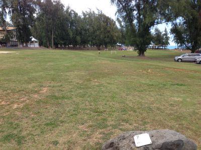 Bellows Field Beach DGC, Main course, Hole 7 Tee pad