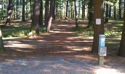 Town Park (Amesbury Pines), Main course, Hole 7 Long tee pad