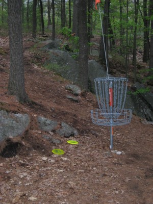 Devens DGC, The Hill, Hole 17 Putt