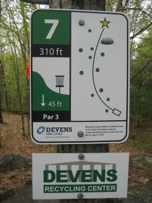 Devens DGC, The Hill, Hole 7 Hole sign
