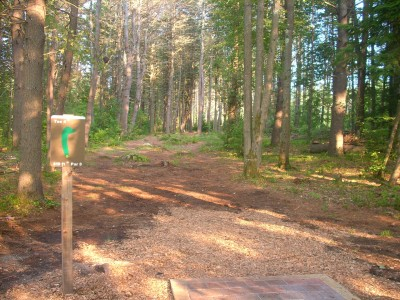 Tully Lake, Main course, Hole 4 Tee pad