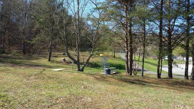 Persimmon RidgePark, Kiwanis DGC, Hole 7 Short approach
