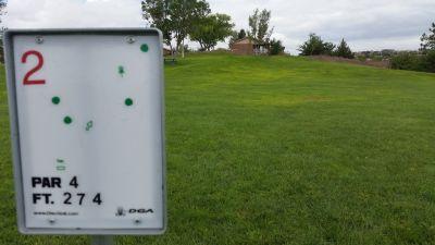 Vista Hills Park, Main course, Hole 2 Tee pad