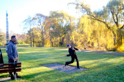 Centennial Gardens, Main course, Hole 7 Long tee pad