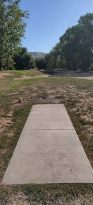 Roots DGC, Main course, Hole 13 Tee pad
