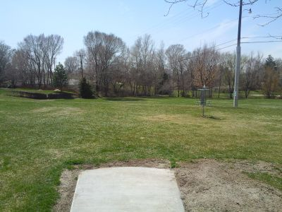 John Adams, Main course, Hole 1 Tee pad