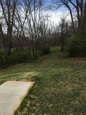 Sugar Hollow Park, Main course, Hole 4 Tee pad