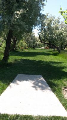 Dry Creek Trail Park, Main course, Hole 9 Tee pad