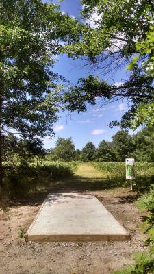Northend Riverside Park, West course, Hole 3 Long tee pad