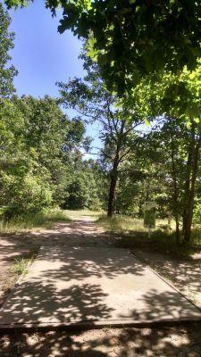 Northend Riverside Park, West course, Hole 17 Long tee pad