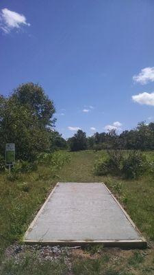 Northend Riverside Park, West course, Hole 15 Long tee pad