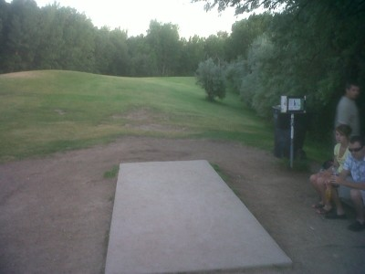 Creekside Park, Main course, Hole 6 Tee pad