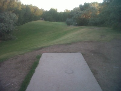 Creekside Park, Main course, Hole 5 Tee pad