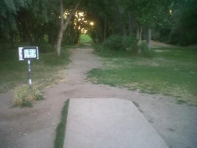 Creekside Park, Main course, Hole 3 Tee pad