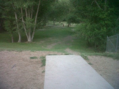 Creekside Park, Main course, Hole 9 Tee pad