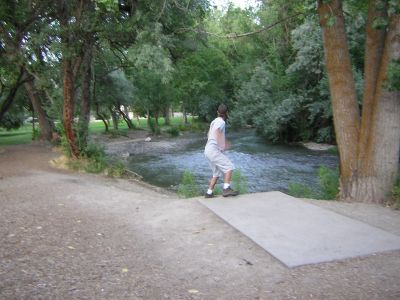 Creekside Park, Main course, Hole 14 Tee pad
