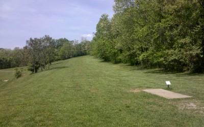Rotary Park, Main course, Hole 10 Short tee pad