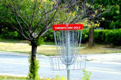 Centennial Park, Ontario Course, Hole 14