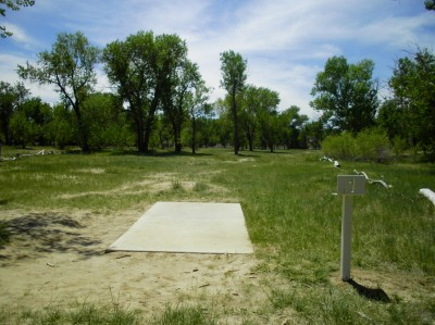 Casper DGC, Main course, Hole 1 Tee pad