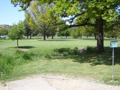 Ann Morrison Park, Southeast, Hole 4 Tee pad