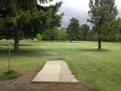 Ann Morrison Park, Southeast, Hole 3 Tee pad