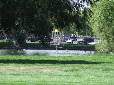 HP East Park, Main course, Hole 2 Putt