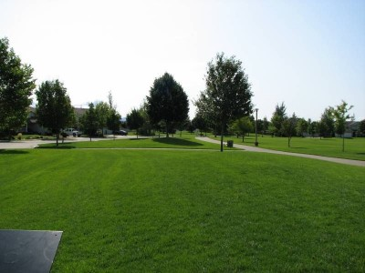 Bluegrass Park - Kiwanis, Main course, Hole 4 Tee pad