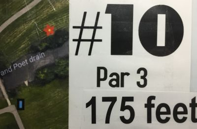 Kennedy ice arena and park, Main course, Hole 10 Hole sign