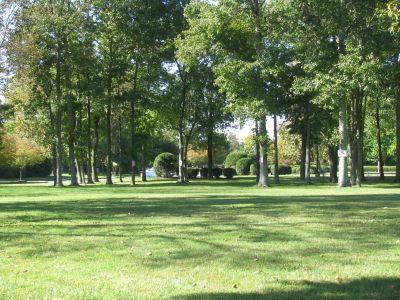 Hampton 9, Main course, Hole 8 Long tee pad