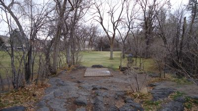 Upper Ross Park, Main course, Hole 9 Tee pad