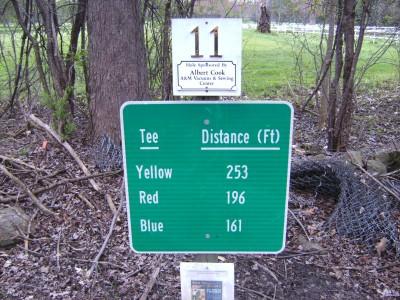 Emerson Park, Main course, Hole 11 Hole sign