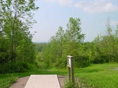 Oxbow Falls Park, Main course, Hole 18 Tee pad