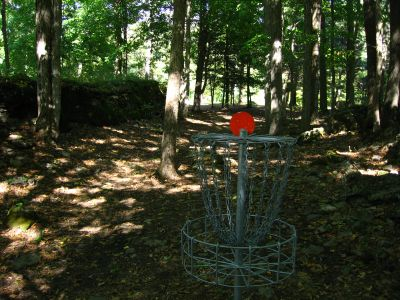 Joralemon Park, Main course, Hole 3 Reverse (back up the fairway)