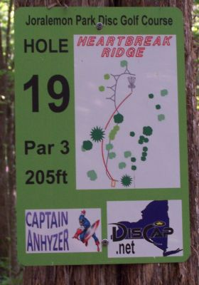Joralemon Park, Main course, Hole 19 Tee pad
