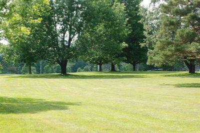 Churchville Park, Main course, Hole 6 Tee pad