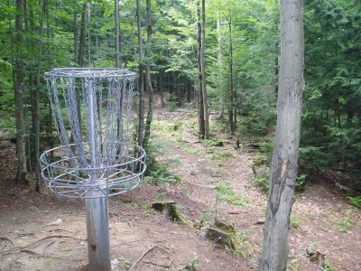 Hyzer Creek, Main course, Hole 13 Tee pad
