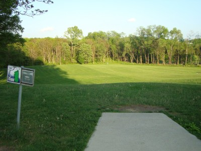 Brakewell Steel/Warwick, Main course, Hole 17 Short tee pad
