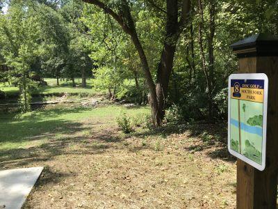 South Fork Park, Main course, Hole 8 Hole sign