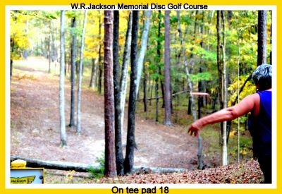 International Disc Golf Center, WR Jackson Memorial, Hole 18 Tee pad