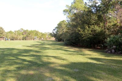Halpatiokee Regional Park, Main course, Hole 4 Short tee pad