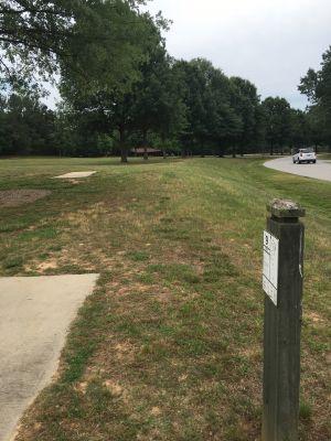 Sandy Creek Park, Main course, Hole 9 Long tee pad